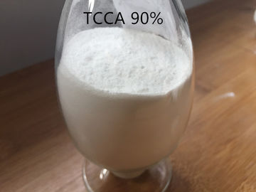 China TCCA 90% Swimming Pool Chemicals , White Swimming Pool Powder For Water Treatment supplier